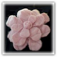 Цветок из кашемира.