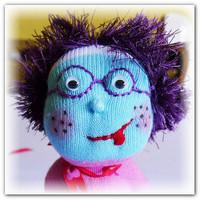 Забавные куклы из носков
