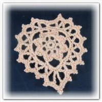 Крючком вязаное сердечко